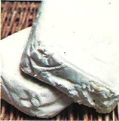 crescenza and stracchino cheese