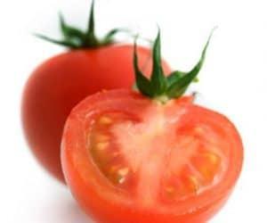 Imaginea thumbnail despre Tomatoes Cut Heart Attack Risk in Half