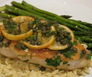 Imaginea thumbnail despre SAUTEED CHICKEN BREAST WITH LEMON SAUCE