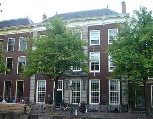 A History of the Building Rapenburg 65 3