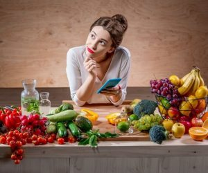 Imaginea thumbnail despre How to eat fruits and vegetables: 20 tantalizing tips
