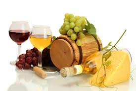 wine protects against eye disease