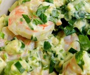 This image it is about Shrimp with Avocado Noel – How to Prepare this Recipe at Home